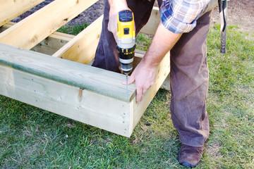 Using drill to insert screw