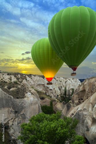 Fotobehang Canyon Hot air balloons sunset, Cappadocia, Turkey
