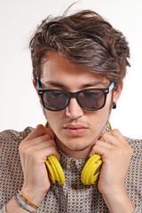 Retrato de un deejay.