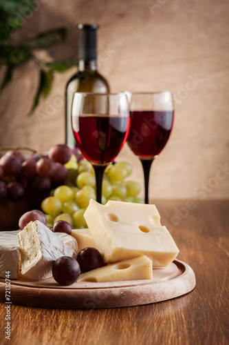 Poster, Tablou Cheese with a bottle and glasses of red wine