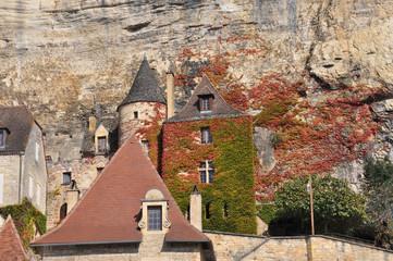 Maison au bord montagne
