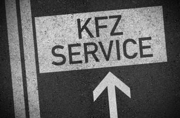 Asphalt mit KFZ Service