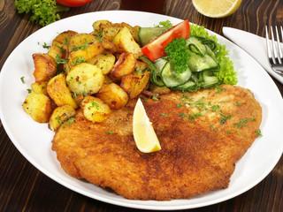 Schnitzel mit Bartkartoffel