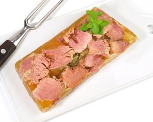 Fleisch in Aspik