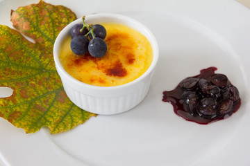 Creme Brulee With Caramelized Blue Grapes
