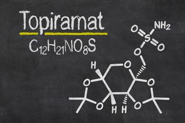 Schiefertafel mit der chemischen Formel von Topiramat