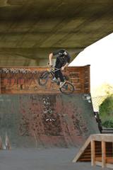 bmx jumping