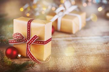 Weihnachtsgeschenke - Hintergrund mit Copyspace - Retro Vintage