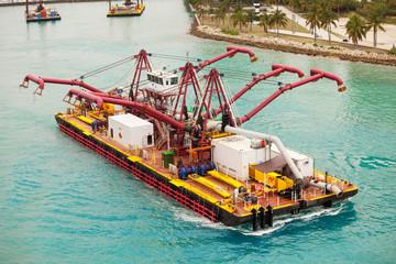 Spezialschiff im Hafen von Miami