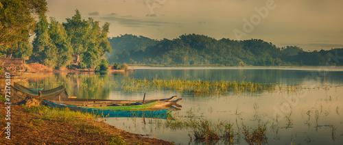 Lak Lake - 72176387