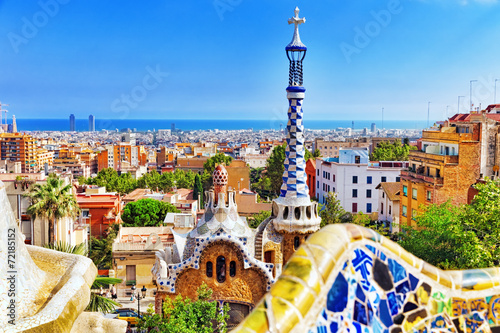 Foto Spatwand Mediterraans Europa Gorgeous and amazing Park Guel in Barcelona.