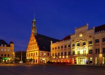 Zwickau Rathaus und Gewandhaus Nacht 01