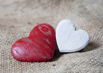 coeurs blanc et rouge bois pierre
