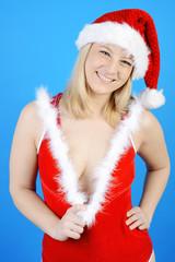 Frau in erotischem Kostüm zu Weihnachten