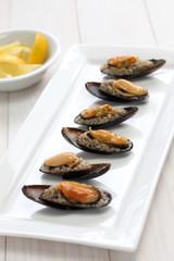 mydye dolmasi, stuffed mussels, turkish food