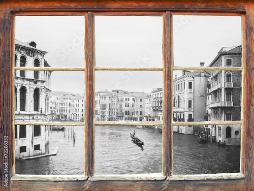 Leinwanddruck Bild Blick durchs Fenster - Venedig