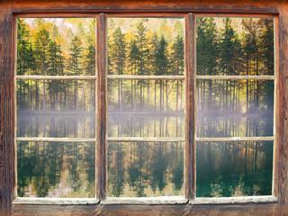 Blick durchs Fenster - Bluntausee