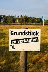 Grundstück zu verkaufen, Schild