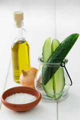 Cucumber; onion; olive oil and salt