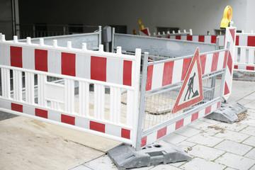 Bauabsperrung auf Gehweg