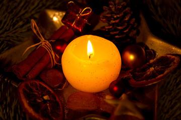 Weihnachtskerze ©yvonneweis