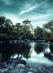 Temple Japonnais traditionnel dans un jardin
