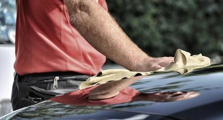 Asciugatura carrozzeria di automobile