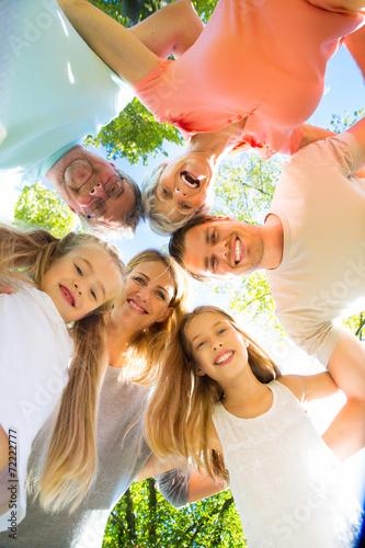 happy people - 72222777