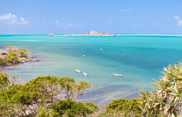 côte sud de l'île Rodrigues, lagon et îlot Hermitage