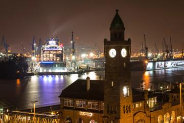 Hamburger Hafen und Docks