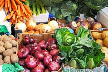 Fresh vegetables on market stall © Arena Photo UK