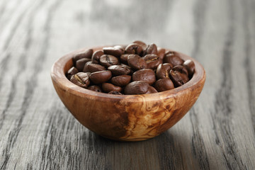 freshly roasted arabica coffee beans in bowl
