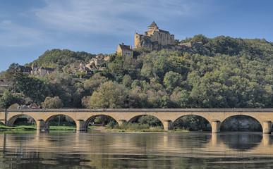 Pont Et château