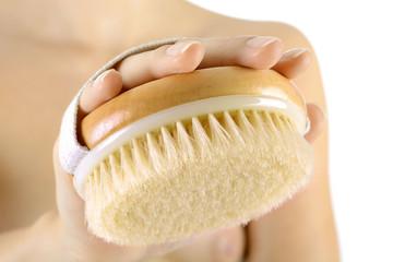 Massage und Körperpflege mit Bürste