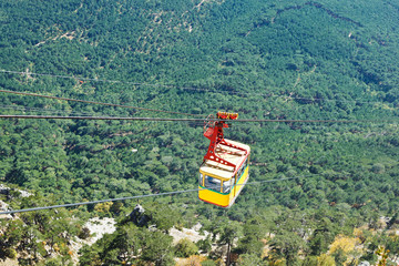 Cableway Miskhor - Ai-Petri over Crimean mountains