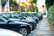 Leinwanddruck Bild - Posteggio auto, parcheggio, automobili parcheggiate