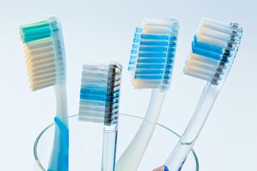 Zahnbürsten zum Zähne putzen