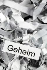 Papierschnitzel Stichwort Geheim