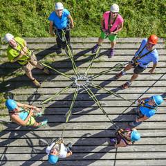 Teambuilding im Hochseilgarten