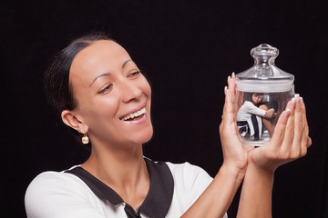 Mom keeps daughter in a glass jar and are very happy