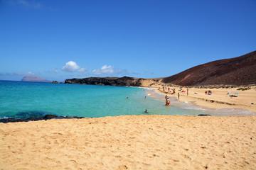 playa de la concha en isla graciosa, lanzarote
