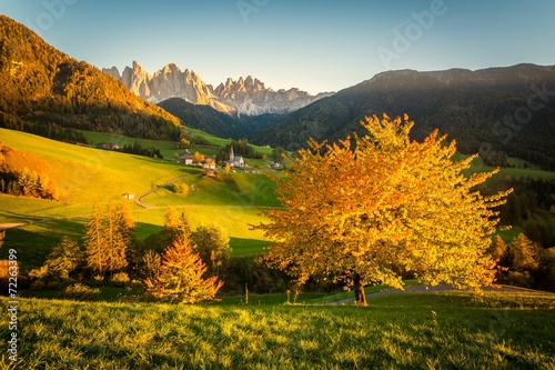 Leinwanddruck Bild Autunno sulle Alpi