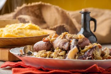 Bottaggio o cassoeula  con polenta gialla