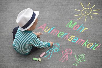 Kinderzeichnung - Mehr Aufmerksamkeit!