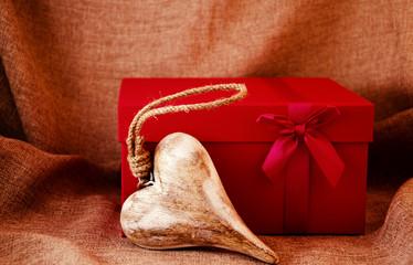 Geschenk mit Herz
