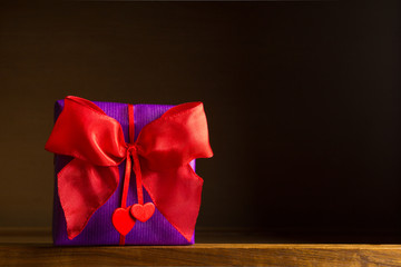 gift red bow hearts dark