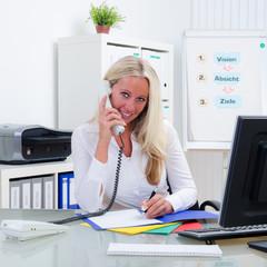 geschäftliches telefonat