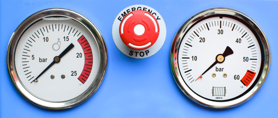 Pressure Gauges with button emergency