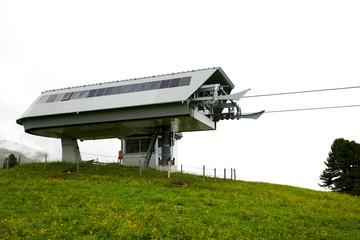 Skilift in den Alpen
