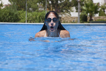 front swimming breaststroke